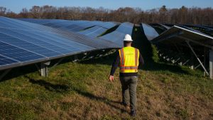 6 Renewable Energy Stocks to Gain Industry Exposure