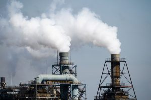 Japan's Koizumi Promises to Strengthen Country's Emissions Goal