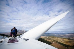 Four reasons why investing in clean energy is essential for rebuilding the economy